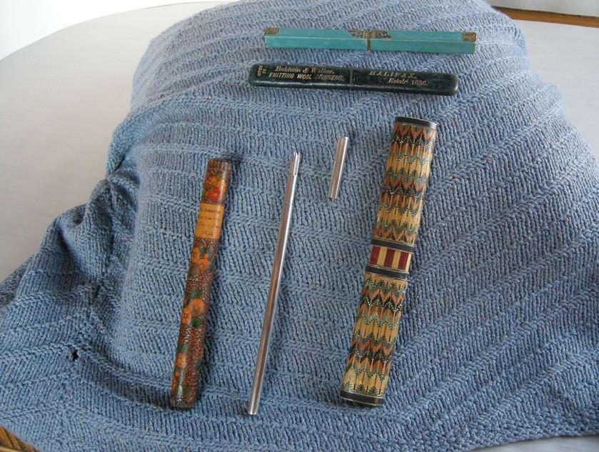 A-History-of-Knitting-Tools-14