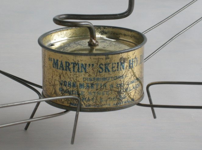 A-History-of-Knitting-Tools-29a