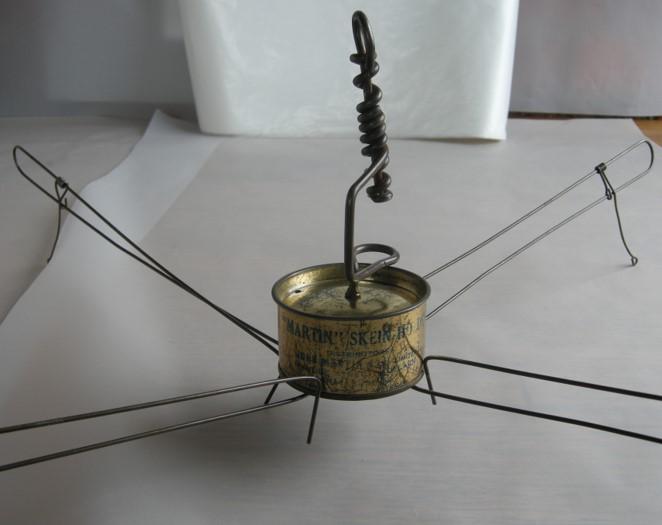A-History-of-Knitting-Tools-29b