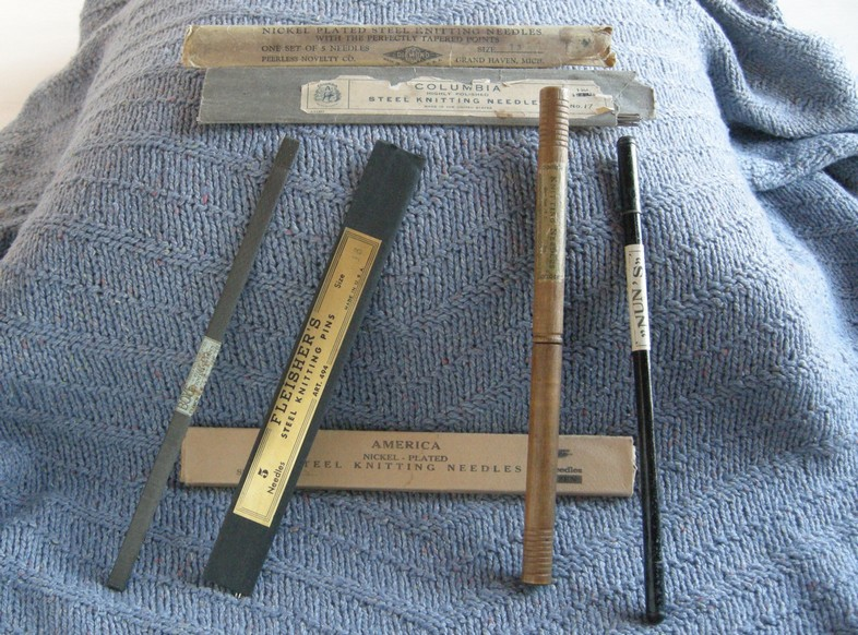 A-History-of-Knitting-Tools-6