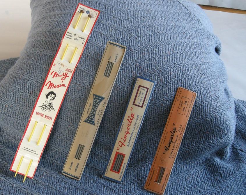 A-History-of-Knitting-Tools-9